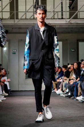Yohji Yamamoto Menswear Spring Summer 2019 Paris17