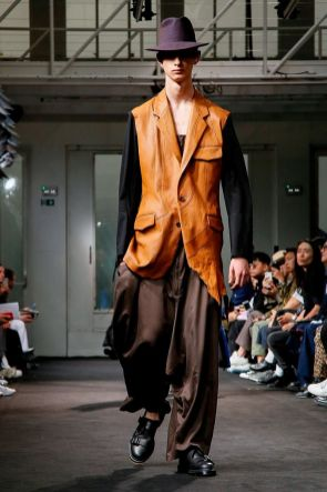 Yohji Yamamoto Menswear Spring Summer 2019 Paris19