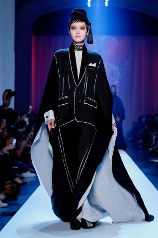 Jean Paul Gaultier Couture Fall Winter 2018 Paris42