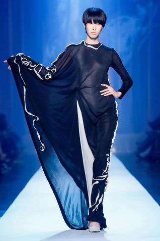 Jean Paul Gaultier Couture Fall Winter 2018 Paris43