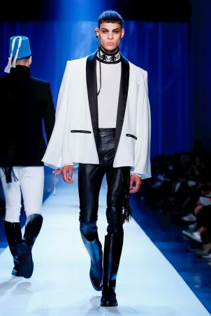 Jean Paul Gaultier Couture Fall Winter 2018 Paris8