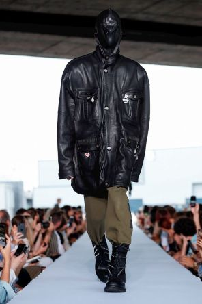 Vetements Ready To Wear Spring Summer 2019 Paris18