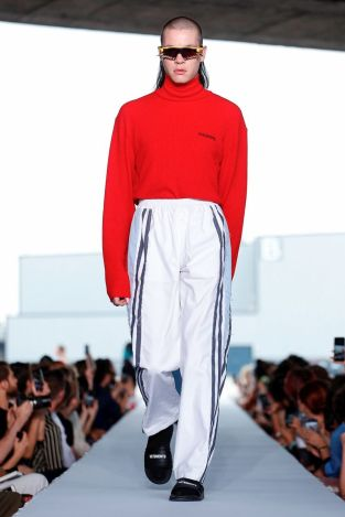 Vetements Ready To Wear Spring Summer 2019 Paris22