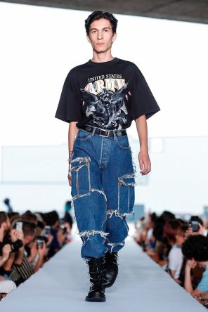 Vetements Ready To Wear Spring Summer 2019 Paris49