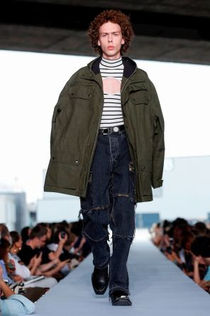 Vetements Ready To Wear Spring Summer 2019 Paris53