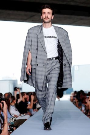 Vetements Ready To Wear Spring Summer 2019 Paris60