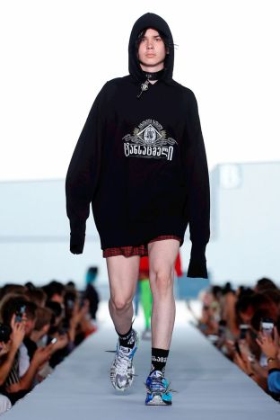 Vetements Ready To Wear Spring Summer 2019 Paris68