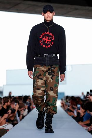 Vetements Ready To Wear Spring Summer 2019 Paris8