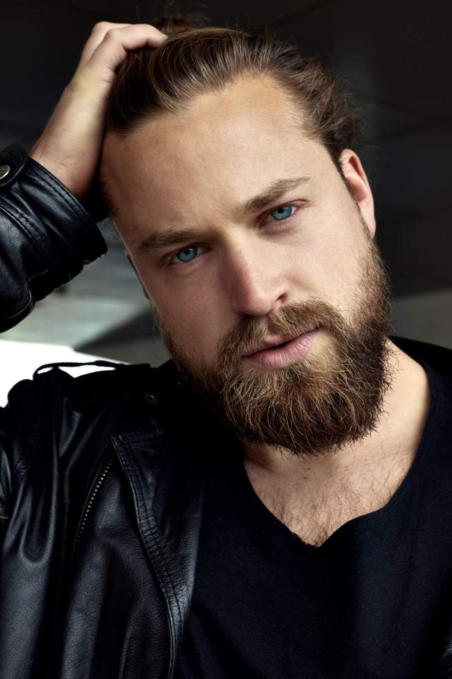 15 Plus-Size Male Models Who Are Too Hot to Handle