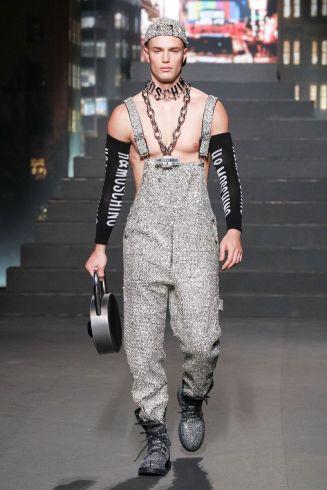 Moschino [tv] x H&M Fall Winter 2018 New York40