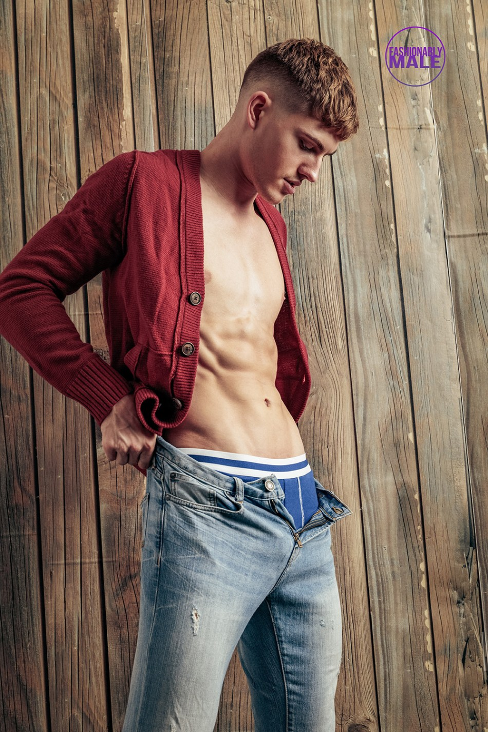 We're Fall for Linus Dodd in this pics by Lagaret