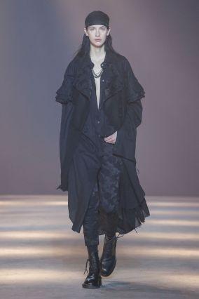 Ann Demeulemeester Menswear Fall Winter 2019 Paris14