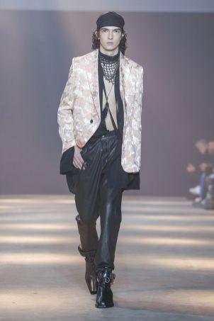 Ann Demeulemeester Menswear Fall Winter 2019 Paris22