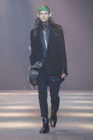 Ann Demeulemeester Menswear Fall Winter 2019 Paris24