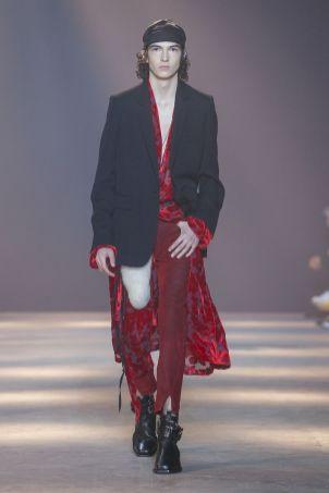 Ann Demeulemeester Menswear Fall Winter 2019 Paris44