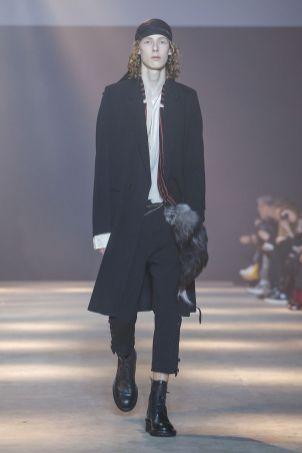 Ann Demeulemeester Menswear Fall Winter 2019 Paris47