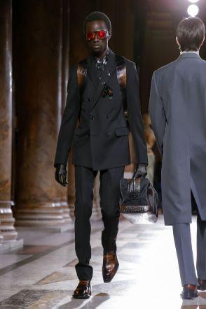Berluti Menswear Fall Winter 2019 Paris9