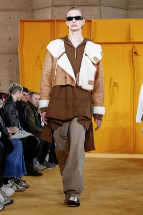 Loewe Menswear Fall Winter 2019 Paris30