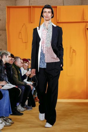 Loewe Menswear Fall Winter 2019 Paris31