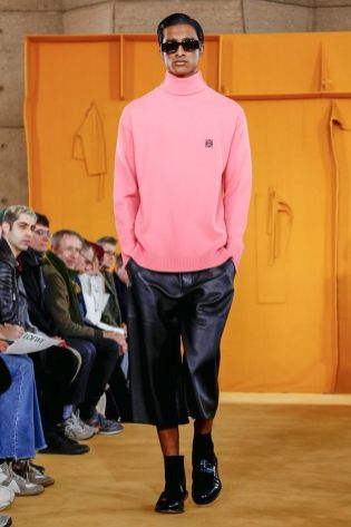 Loewe Menswear Fall Winter 2019 Paris34