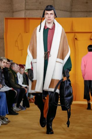 Loewe Menswear Fall Winter 2019 Paris37