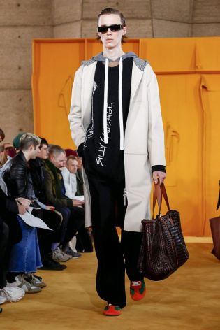 Loewe Menswear Fall Winter 2019 Paris44