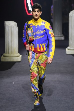Moschino Menswear Fall Winter 2019 Rome21
