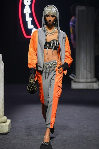 Moschino Menswear Fall Winter 2019 Rome45