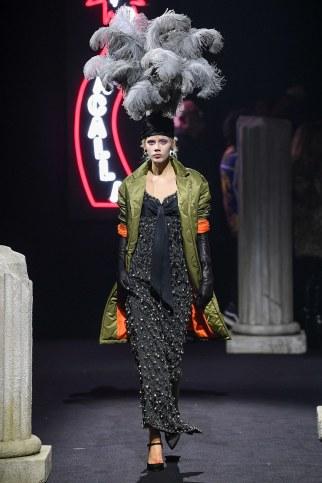 Moschino Menswear Fall Winter 2019 Rome52