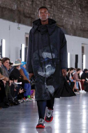 Valentino Menswear Fall Winter 2019 Paris10