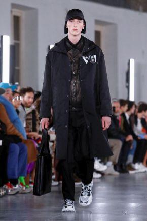 Valentino Menswear Fall Winter 2019 Paris11