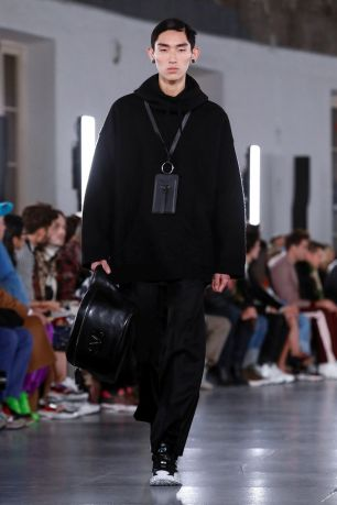 Valentino Menswear Fall Winter 2019 Paris30