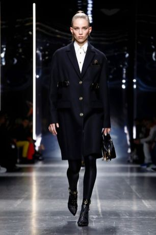 Versace Menswear Fall Winter 2019 Milan37