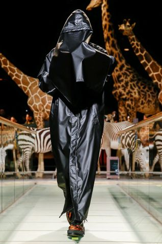 Vetements Ready To Wear Fall Winter 2019 Paris51
