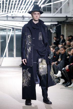 Yohji Yamamoto Menswear Fall Winter 2019 Paris10