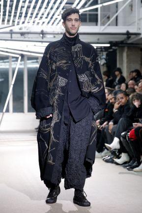 Yohji Yamamoto Menswear Fall Winter 2019 Paris11