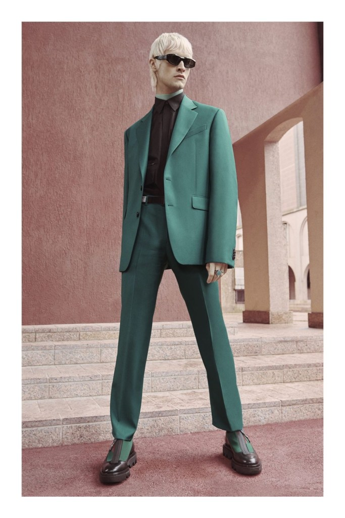 Givenchy Pre Fall 2020-01