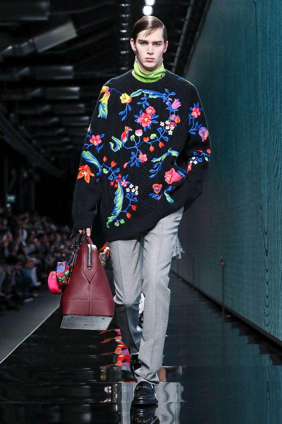 Versace Ready To Wear Fall 2020 Milan