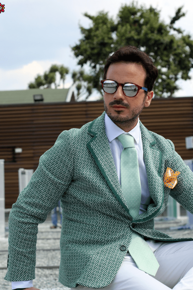 The Ultimate Guide on How to Become a Well-Dressed Man