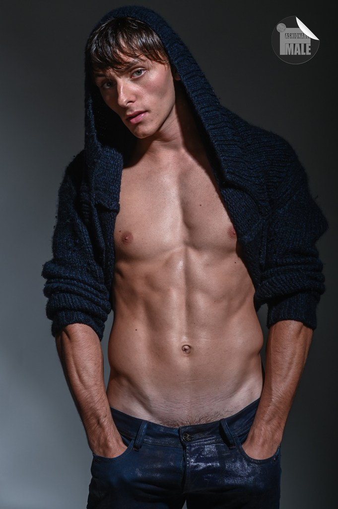 Nick Norman by Frank Louis for Fashionably Male