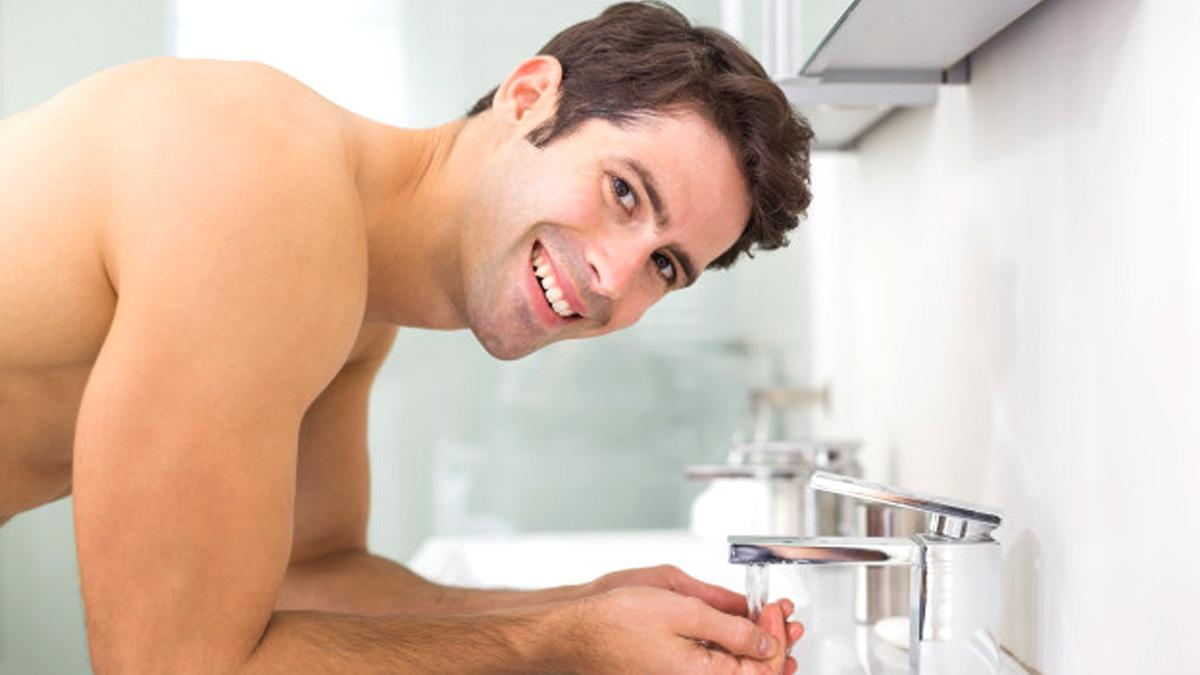 Top Ways To Nurture Your Acne-prone Skin