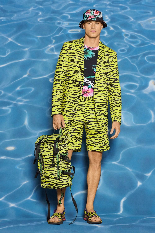 Moschino Resort 2022 Menswear Collection