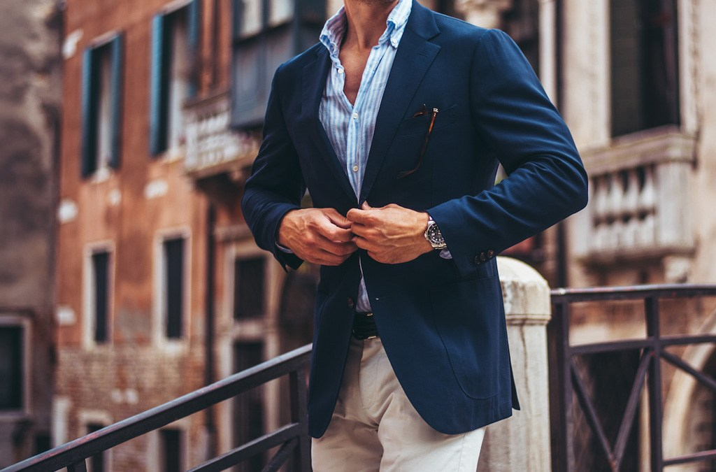 Rebuilding Your Wardrobe: 3 Essentials Every Man Should Own