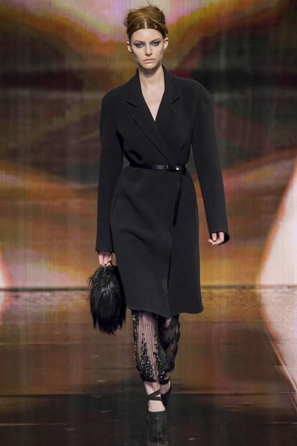 fashion week donna karan autumn winter 2014 collection fashionandstylepolice. Black Bedroom Furniture Sets. Home Design Ideas