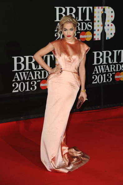 Brit+Awards+2013+Red+Carpet+Arrivals+oupZB9dd-5ql