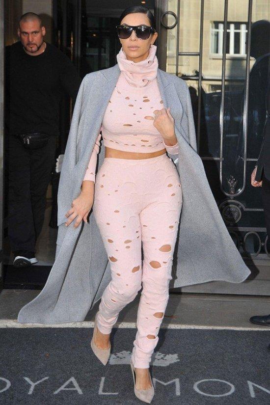 Kim-Kardashian_glamour_2oct14_rex_b_592x888
