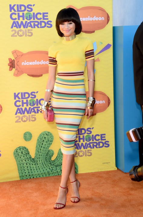 009-Zendaya-Colemans-28th-Annual-Nickelodeon-Kids-Choice-Awards-DKNY-Yellow-Top-Striped-Skirt-and-Stuart-Weitzman-Sandals