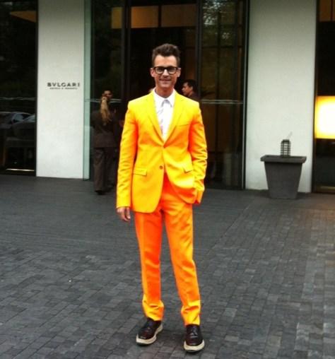 Brad-goreski-orange-Jil-Sander-suit-prada-wingtip-espadrilles-9