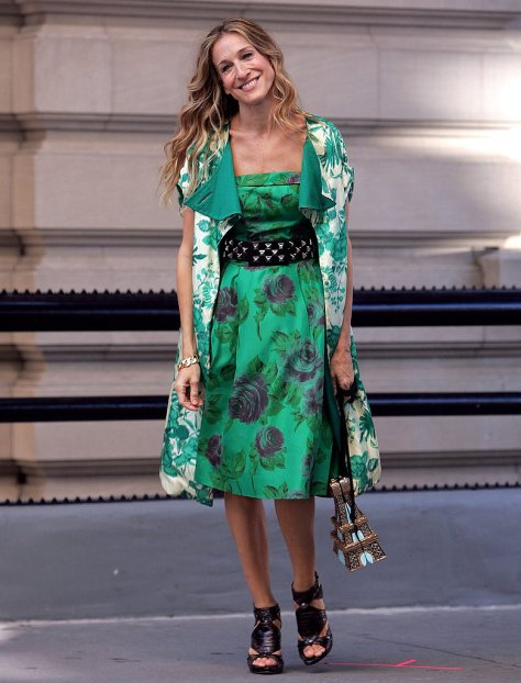 Carrie-Bradshaw-Style-Clothing-Accessories