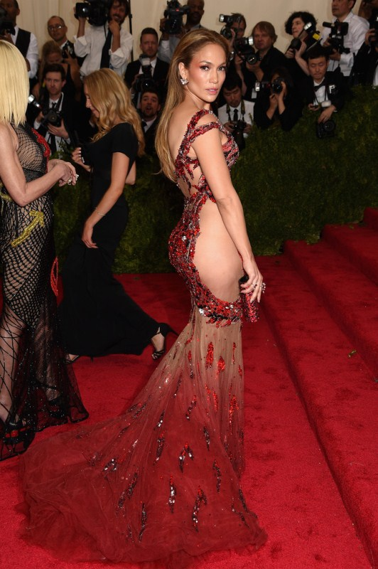 China-Through-Looking-Glass-Costume-Institute-jennifer-lopez-versace
